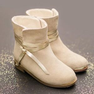 NWT Joyfolie boots size 3Y box included